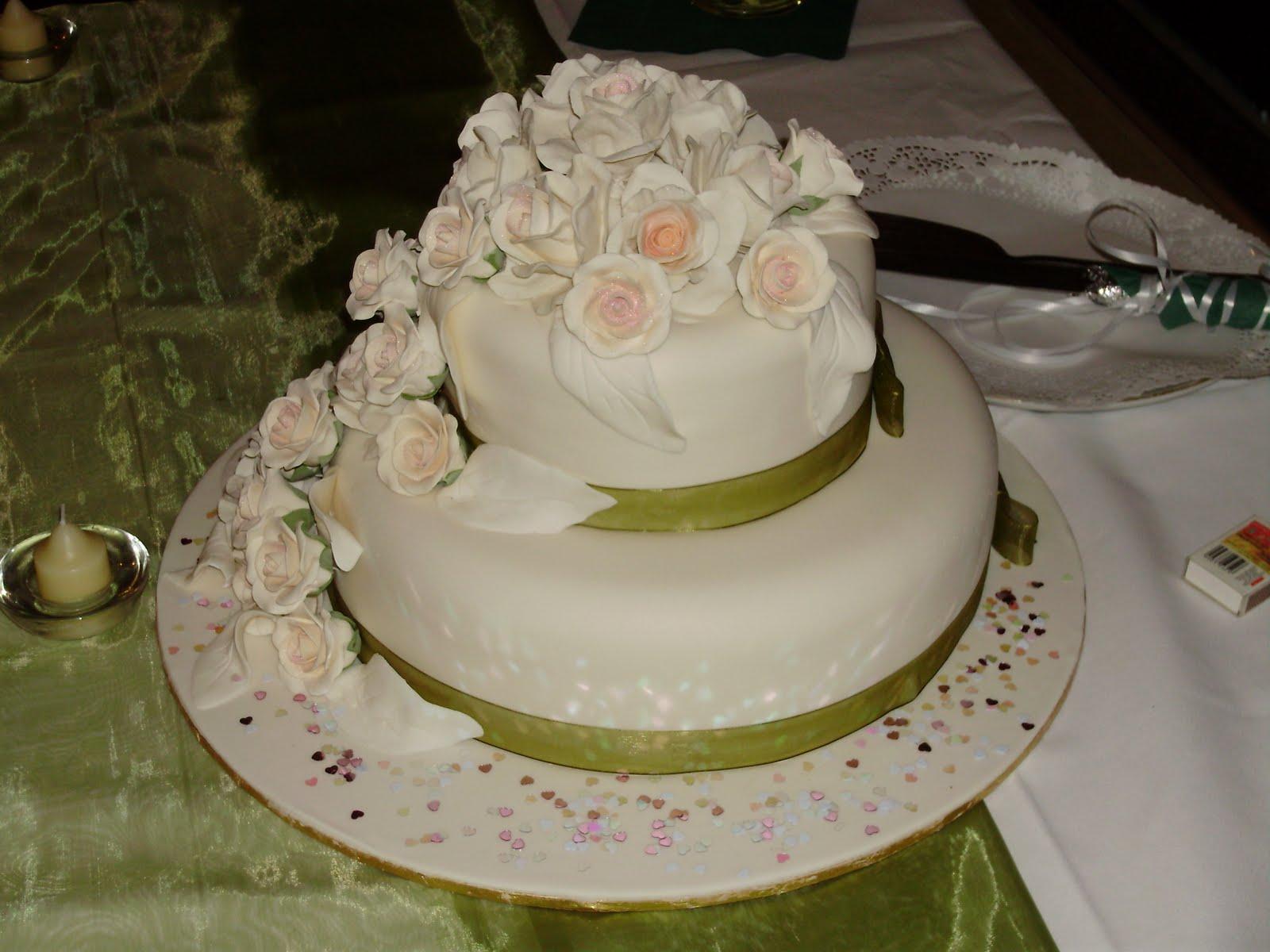 chinese fruit cake as wedding
