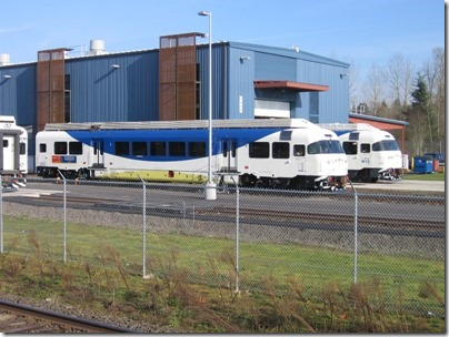 IMG_5019 TriMet Westside Express Service DMU #1002 & Trailer #2001 in Wilsonville, Oregon on January 14, 2009