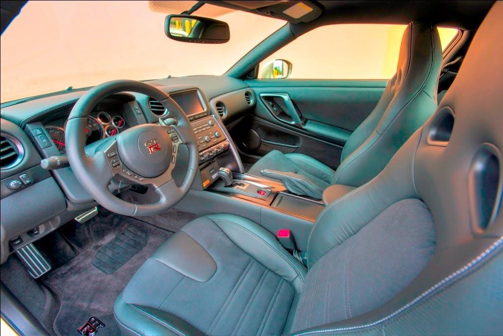 [Nissan-GT-R-45th-Anniversary-Gold-Edition-16%255B2%255D.jpg]