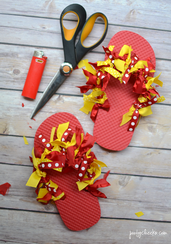 DIY Disney Vacation Ribbon Flip Flops - Ribbon Sandal Tutorial