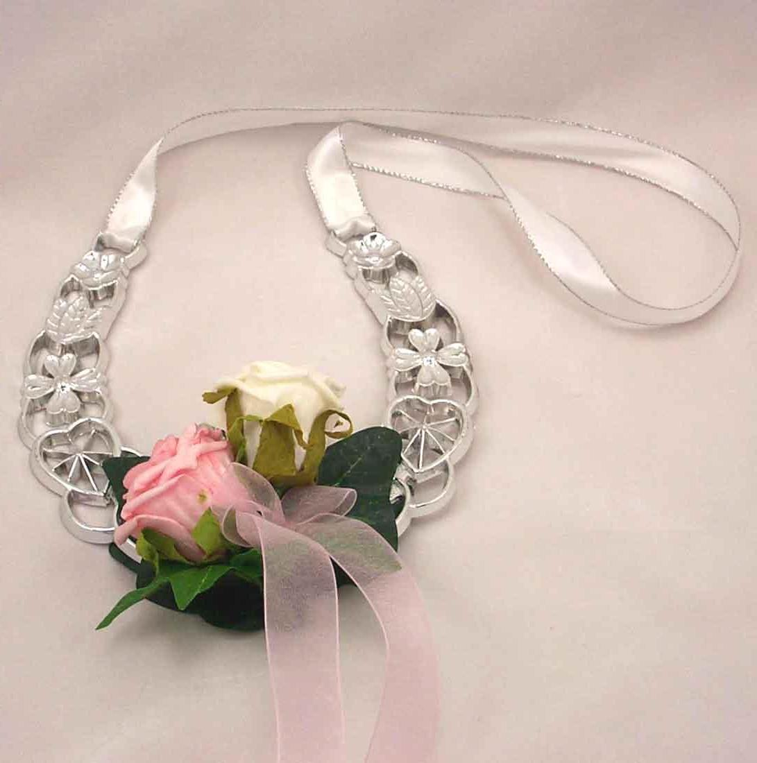 Pink & Ivory Rose Horseshoe. Pink & Ivory Rose Horseshoe