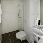 Plaza-bathroom-5.jpg