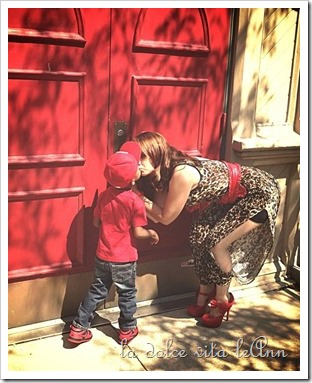 Mommy and Kendry red door kiss