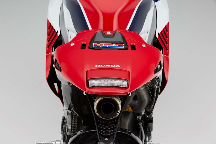 2016-Honda-RC213V-S-street-bike-49.jpg