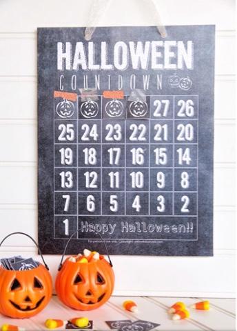 Chalkboard halloween Countdown