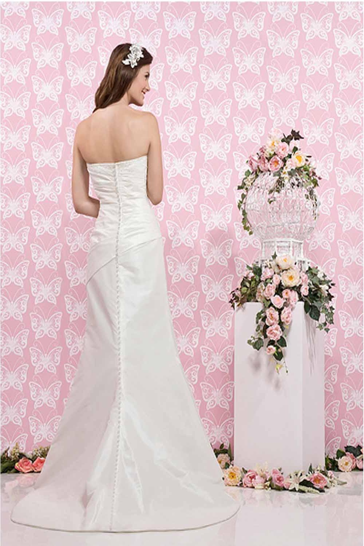 backless lace wedding dress