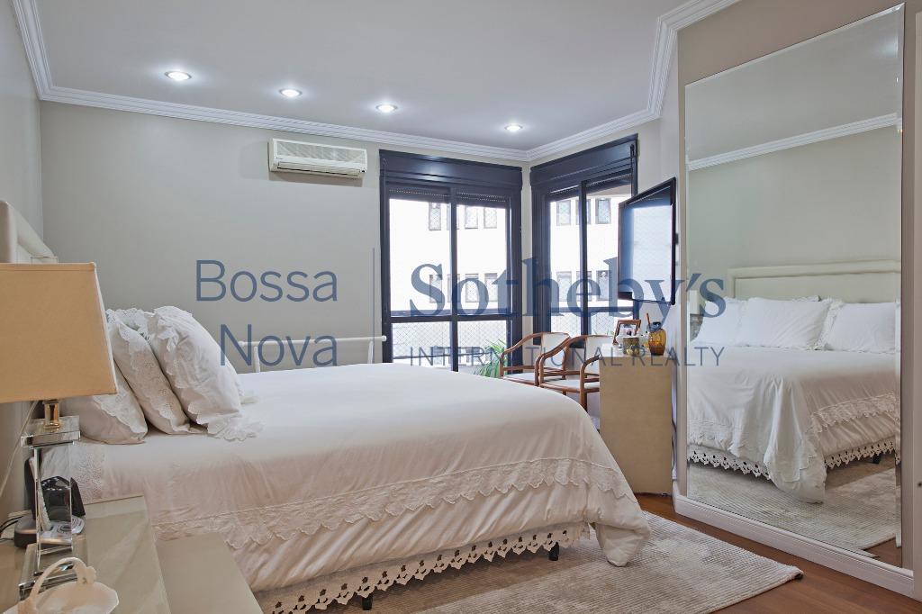 Belíssimo apartamento com fino acabamento