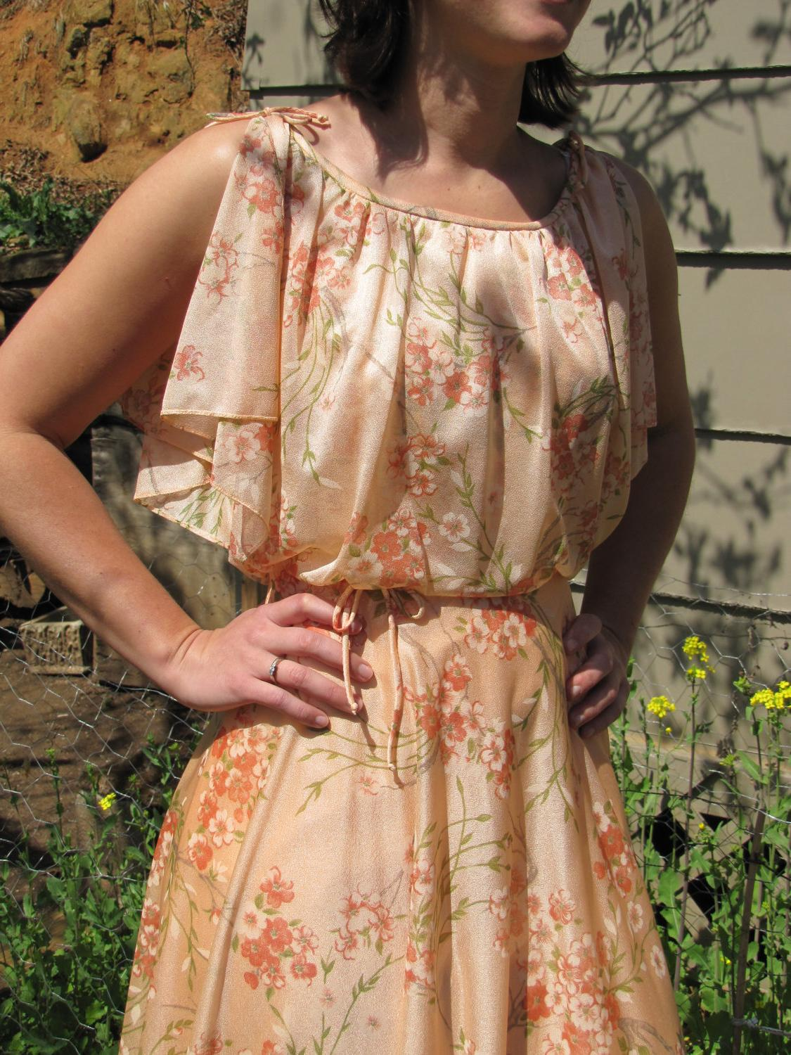 Vintage 1970s Peach Floral Formal Wedding Prom Maxi Dress with built in Cape
