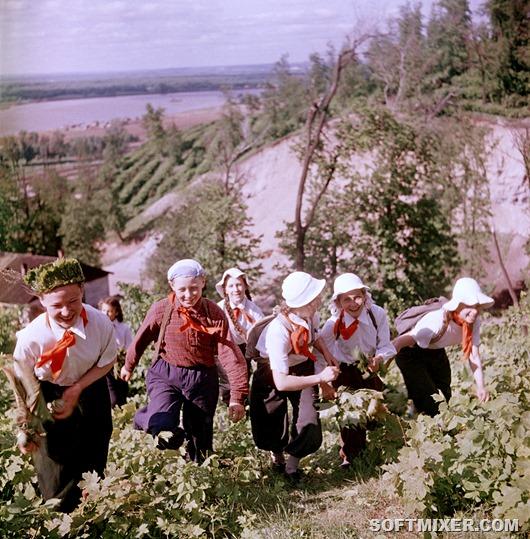 sovetskie-shkolniki-1950-h-na-snimkah-fridlyanda-fdd8fa
