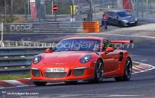 Porsche : Mark Webber au volant d'une 911 GT3 RS au Nürburgring