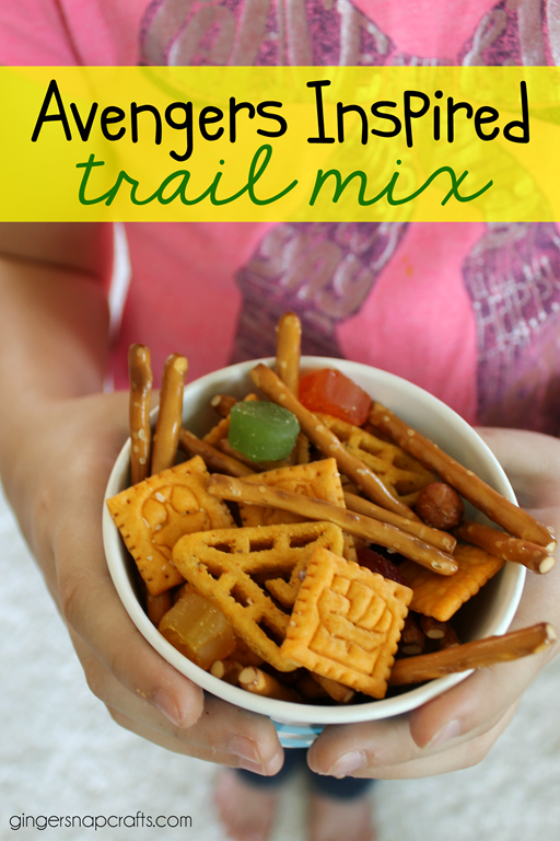 Avengers Inspired Trail Mix #recipe #gingersnapcrafts