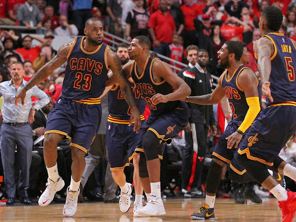 LeBron James Sinks Bulls With a Buzzer Beater To Tie The Series