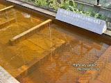 銅沉澱池。最初以為有玻璃在上面,細看發現原來沒有。