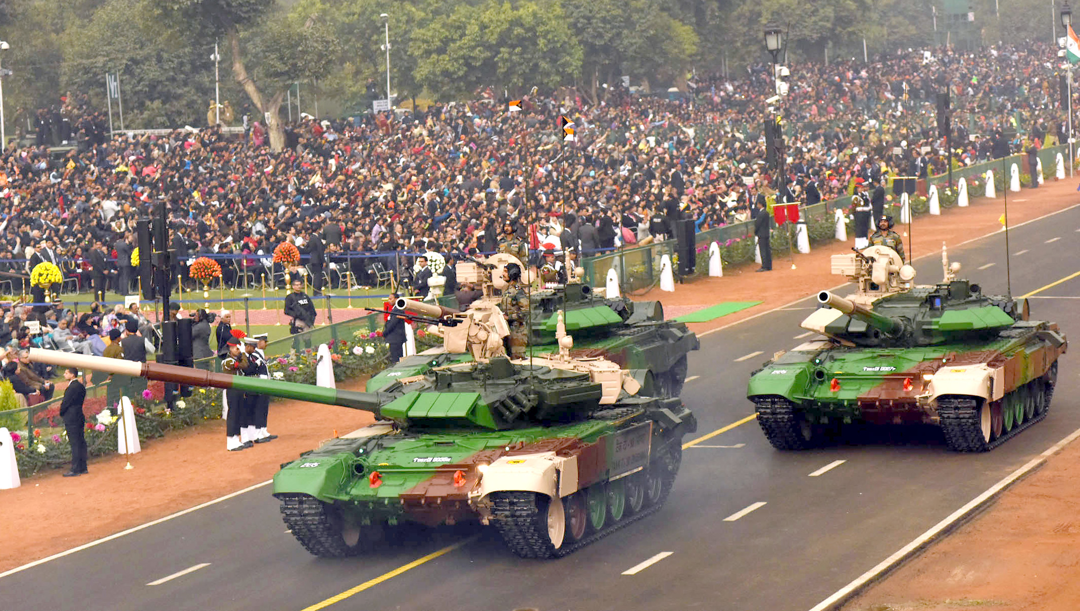 military hardware displayed during s republic day 2017 t 90 main battle tank bhishma n army