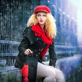 winter fashion shoot by Iancu Cristi - People Fashion ( fashion glamour winter )