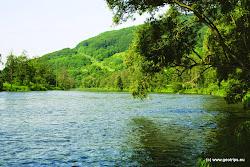 Charakter řeky u Boče.