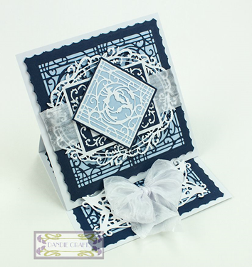 Navy and PAle Blue Easel Patchwork Perfection Sep 15