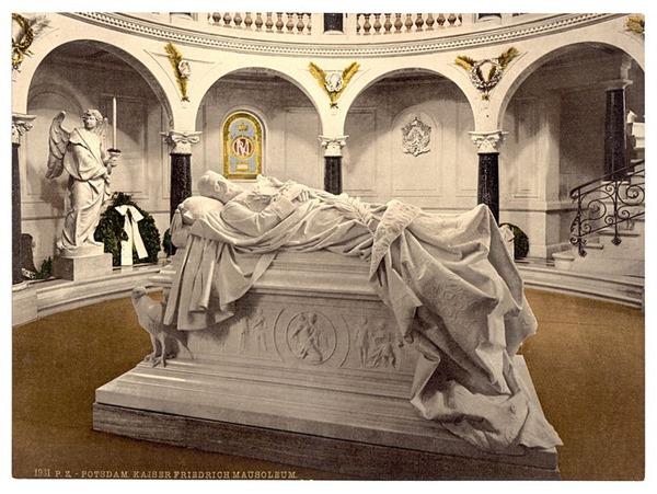 Frederick_III_Mausoleum,_Potsdam,_Berlin,_Germany-LCCN2002713635