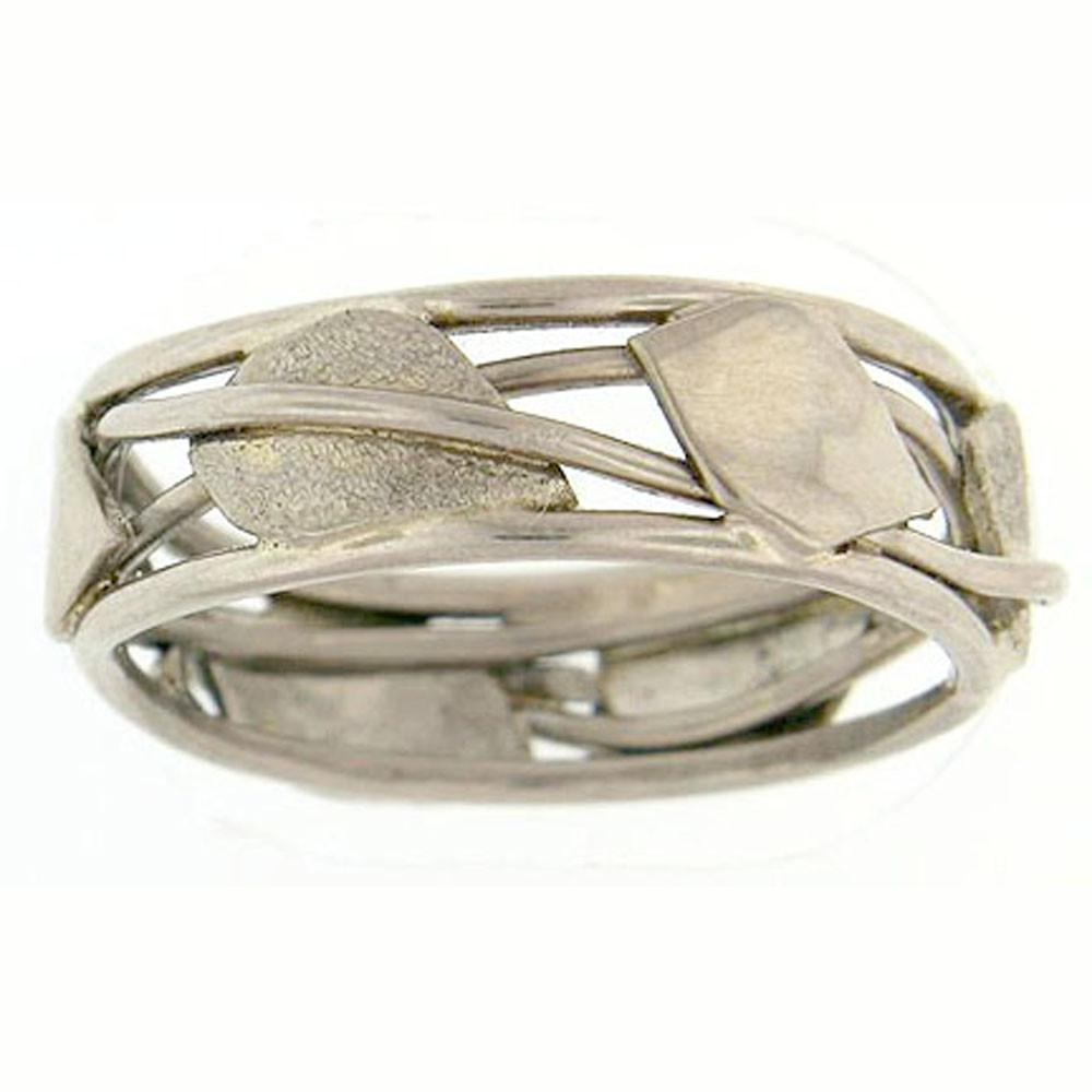 18K white gold band artistically has leaves and vines which wrap their way