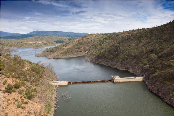 old cotter dam