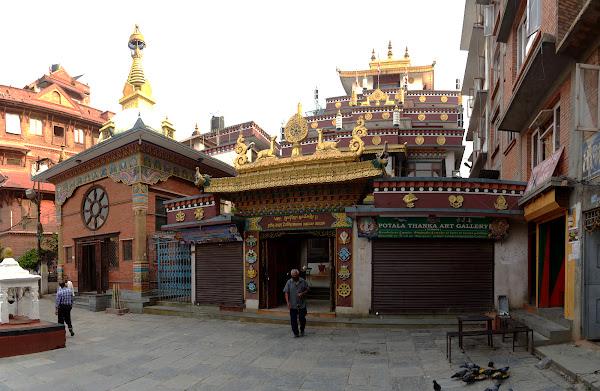 буддизм монастырь