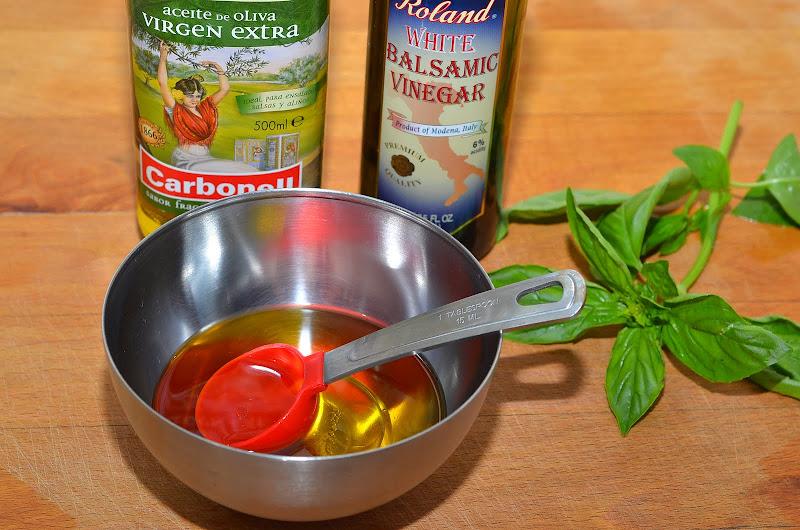 Как сделать соус для салата с уксусом