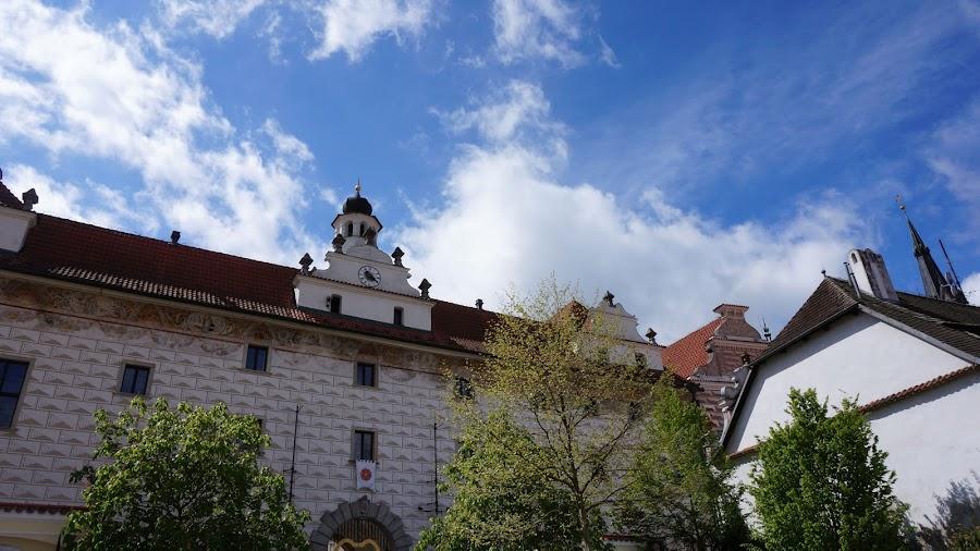 Бывшее здание монастыря