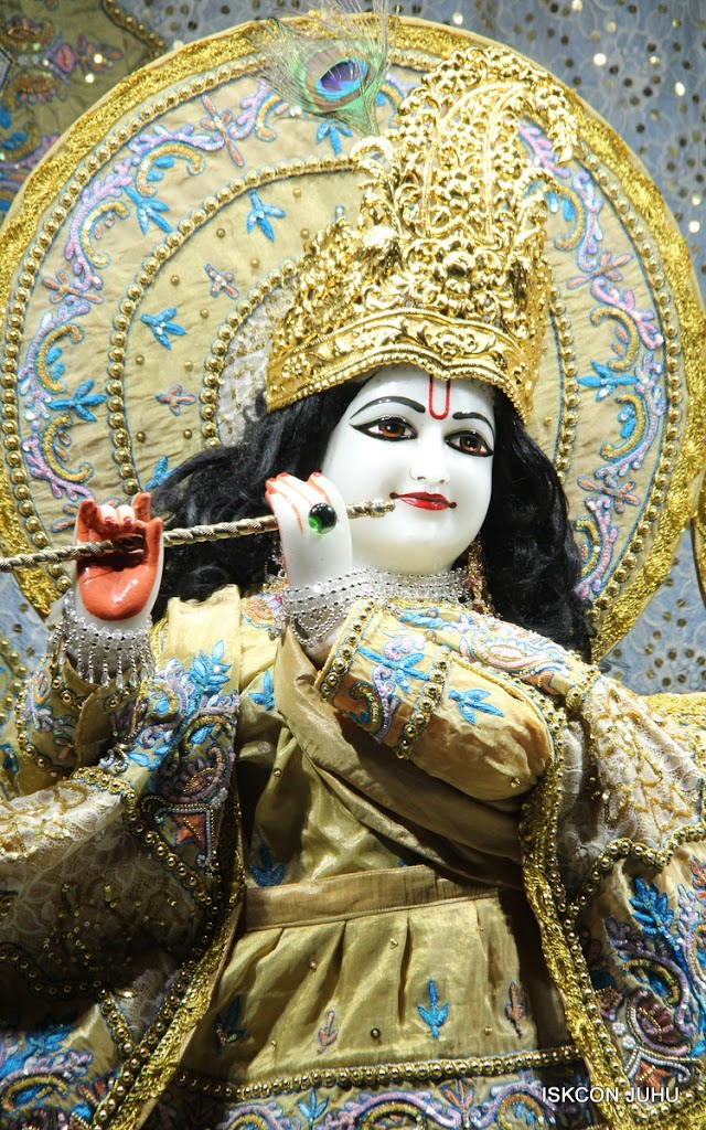 ISKCON Juhu Mangal deity Darshan 09 Feb 16 (16)