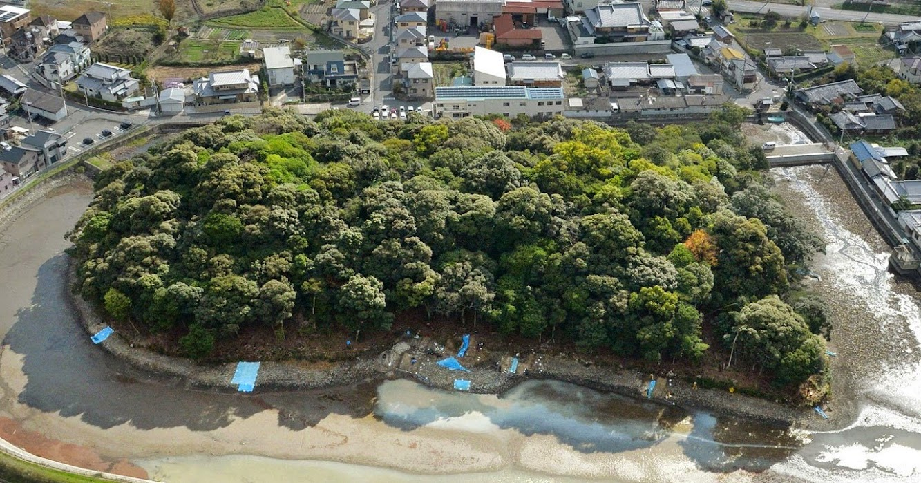 Heritage: Imperial Household Agency loosens up on access to Osaka burial mound