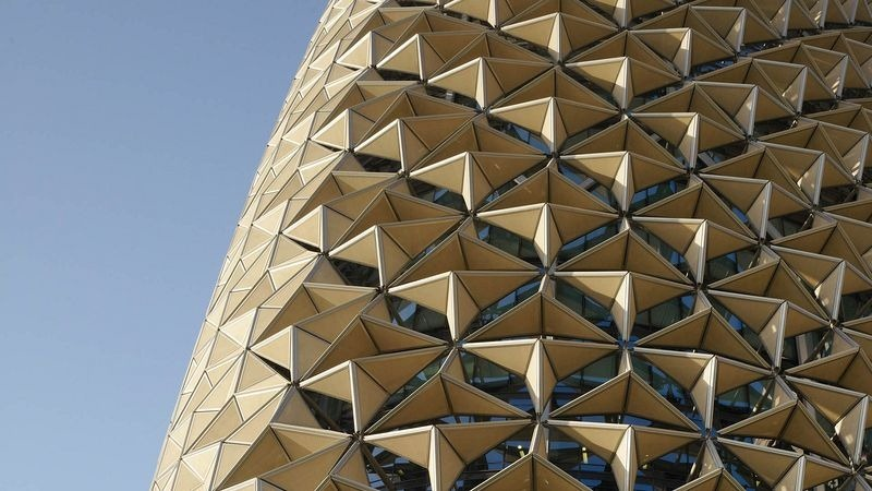 al-bahar-towers-sunshade-1