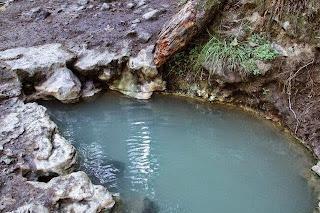 מקוה מים חמים