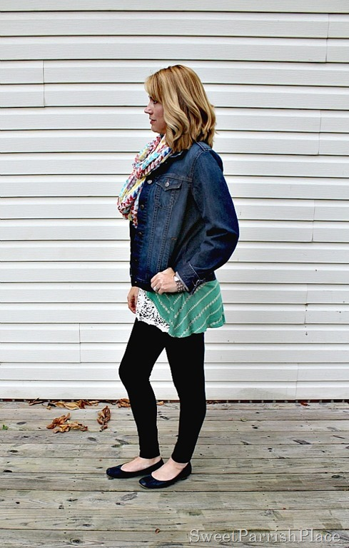 black-leggings-denim-jacket-green-striped-tank-lace-extender-scarf3