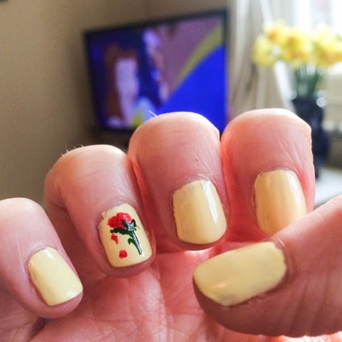 lifestyle-blog-disney-night-in-disney-films-disney-princess-disney-cd-girls-night-disney-nails-party-food-frozen-beauty-and-the-beast-hercules-blackfish-tangled-thomas-tucker-popcorn-disney-homeware-gluten-free-shortbread