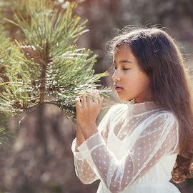 Smell of spring by Corine de Ruiter - Babies & Children Child Portraits ( dreaming, dreamy, girl, tree, dress, spring )