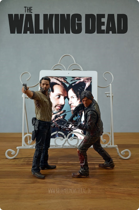 #twd (18) The Walking Dead McFarlane Action Figure Deluxe Rick Grimes and Daryl Dixon