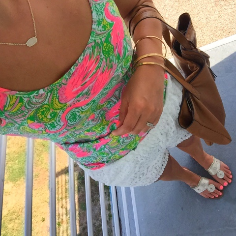preppy style, lilly pulitzer hot wings, jack rogers, kendra scott