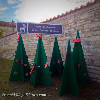 French Village Diaries community Christmas decorations