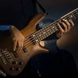 El Guitarrista by Jomabesa Jmb - People Musicians & Entertainers ( manos, guitarra, fiestas, musico,  )