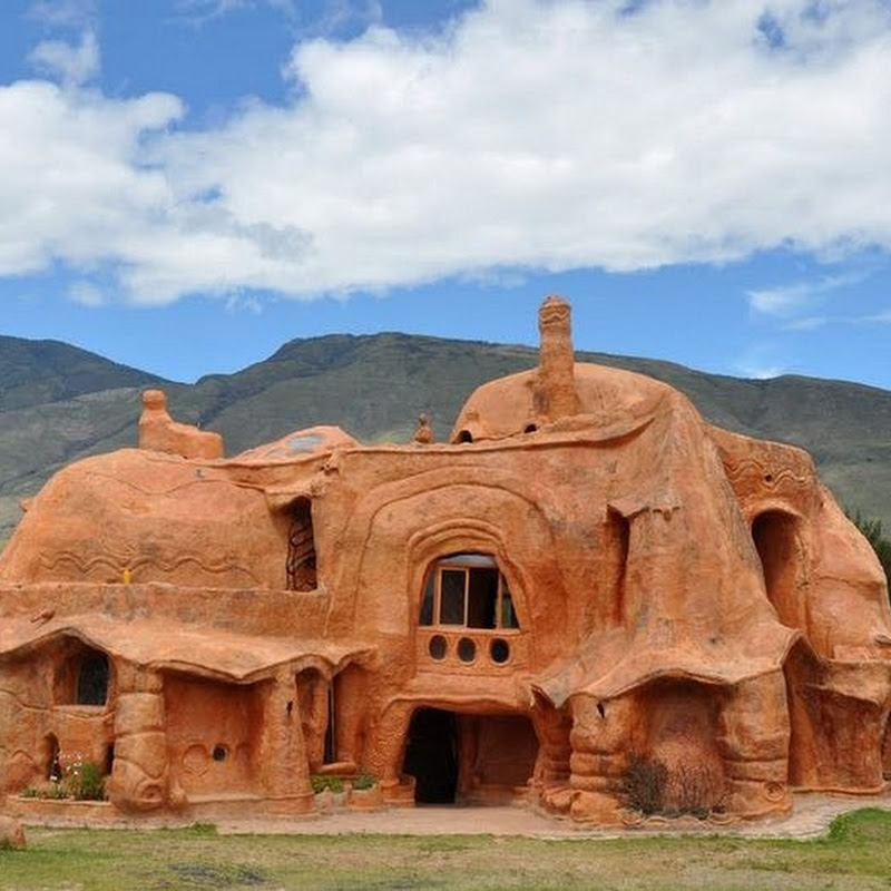 Casa Terracota: The Clay House