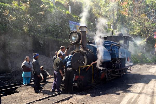 дарджилинг железная дорога паровоз