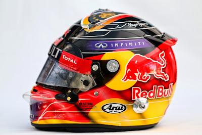 специальный дизайн шлема Себастьяна Феттеля в честь победы сборной Германии по футболу для Гран-при Германии 2014 - вид сбоку