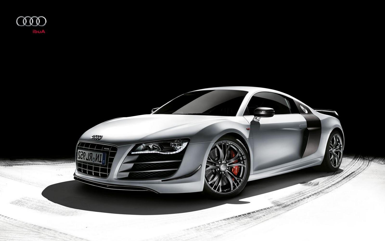 a Sports Car : Audi R8