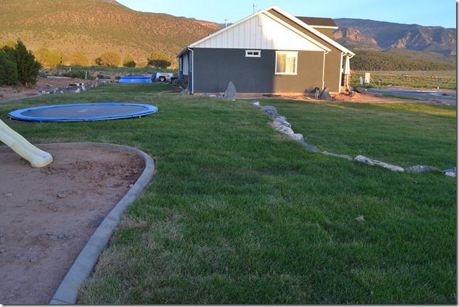 DIY-Landscaping (7)