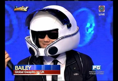 Bailey May on It's Showtime