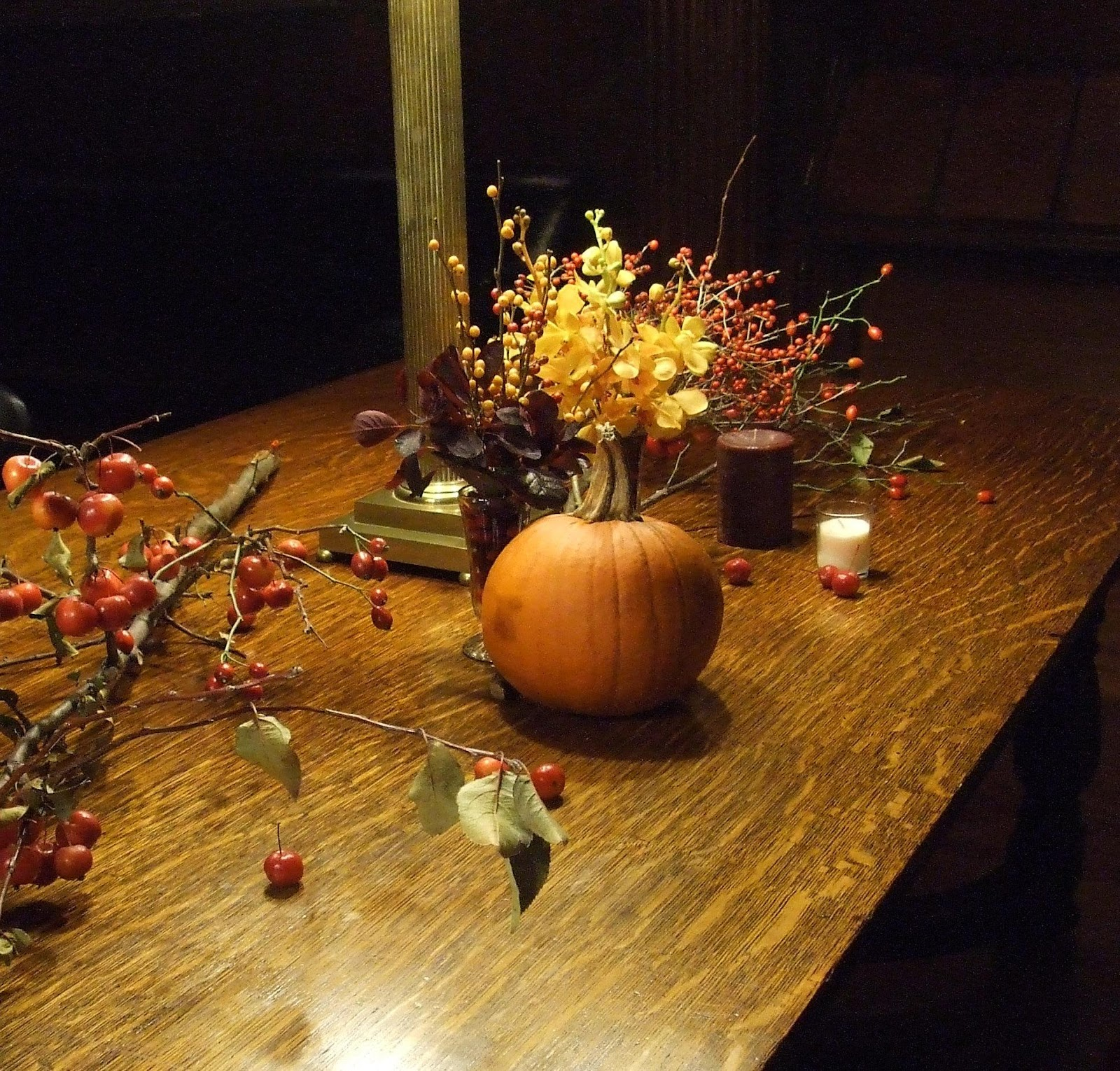 fall pumpkin centerpieces for