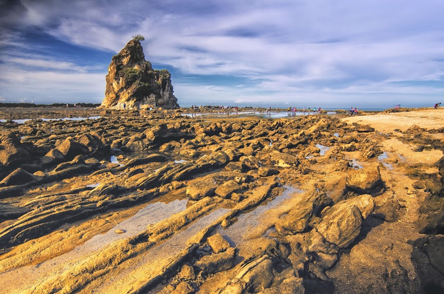 Tanjung Layar, Sawarna by Daniel Widjaja - Nature Up Close Rock & Stone