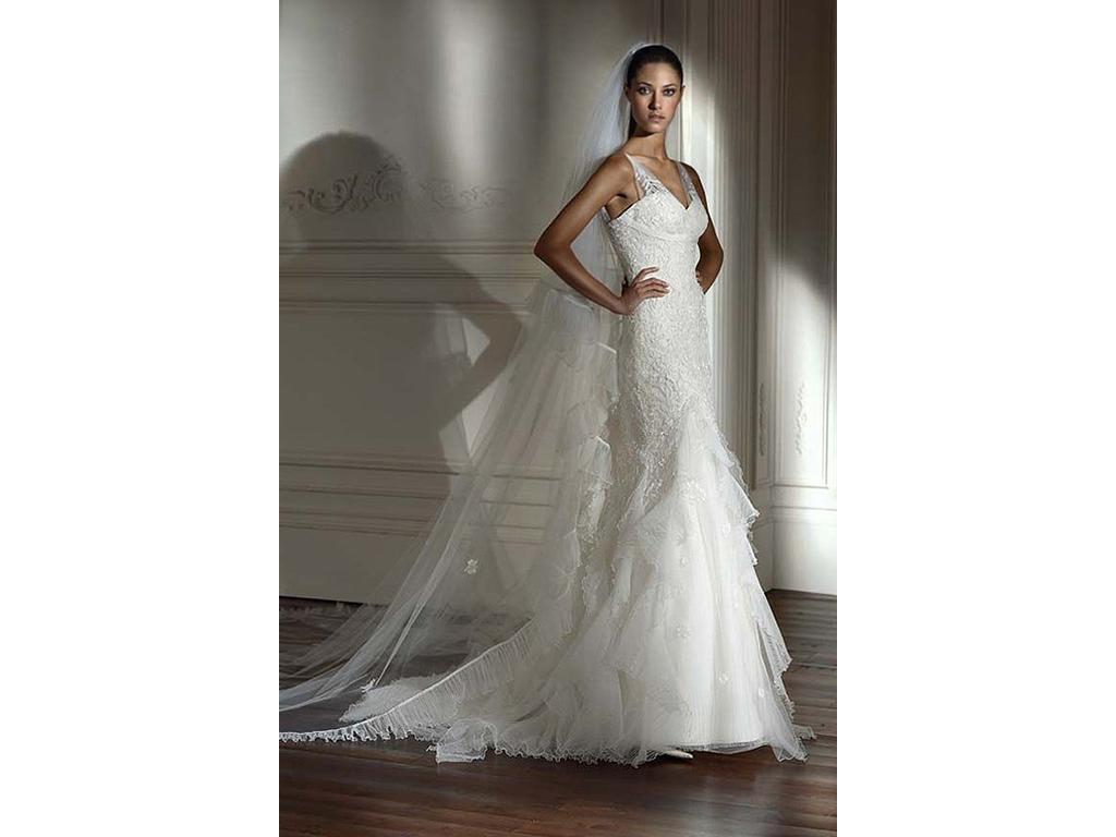 Pronovias Destino Guipure Lace