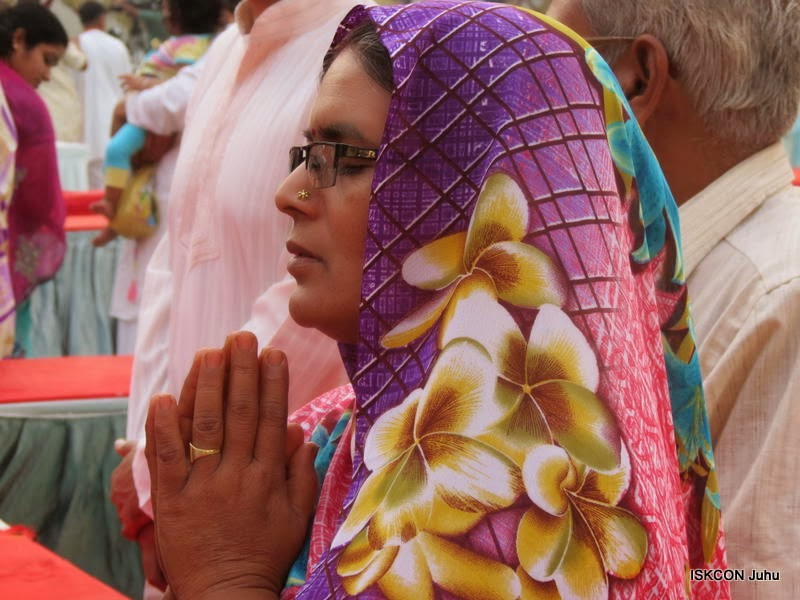 iskcon juhu rath yatra 2015 (11)