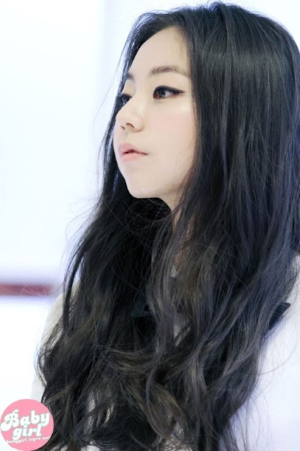 sohee_girly_look