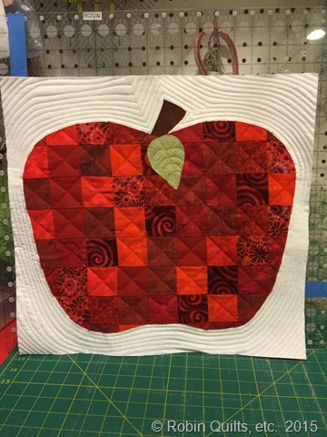 Apple Quilt quilting